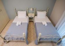 Agios-Ioannis-Villas-Interior-Lefkada-Twin-Bedroom-3
